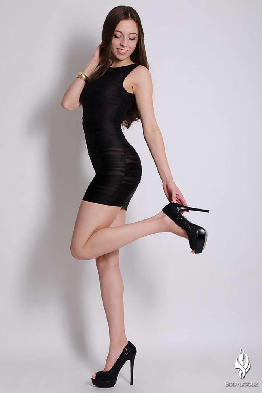 Model Simi Studio Glamour Production for Sedcard