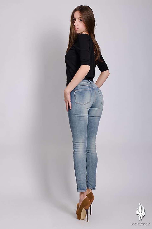 Model Simi Denim Jeans Fashion Studio Shoot