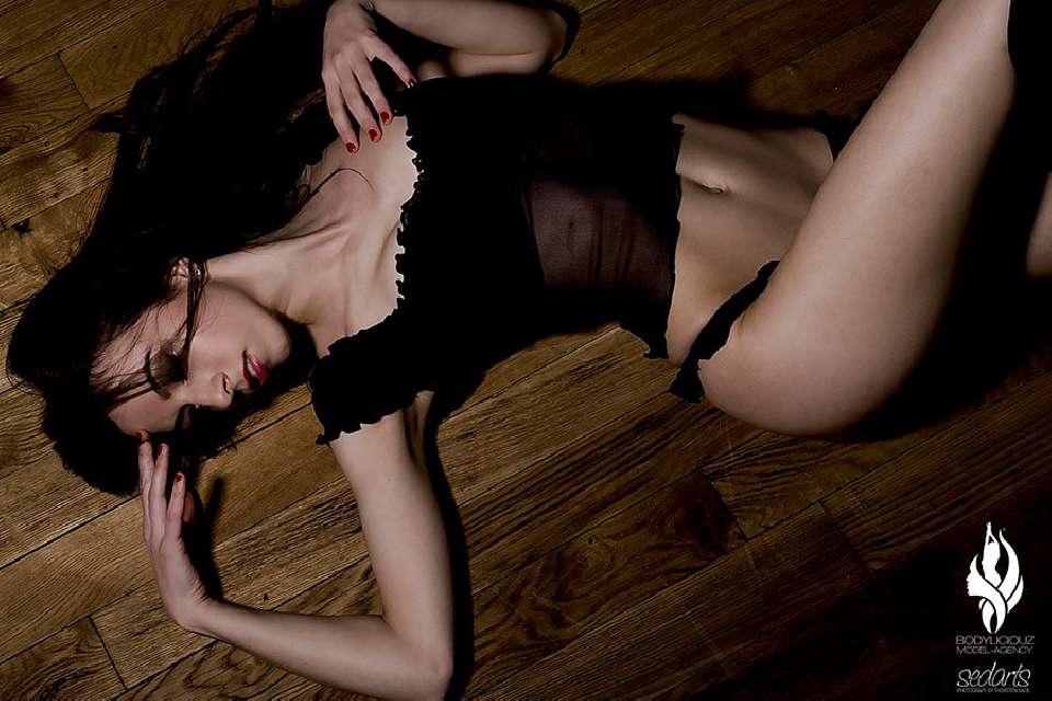 Model Simi Sensual Lingerie Shot at ADAGIO