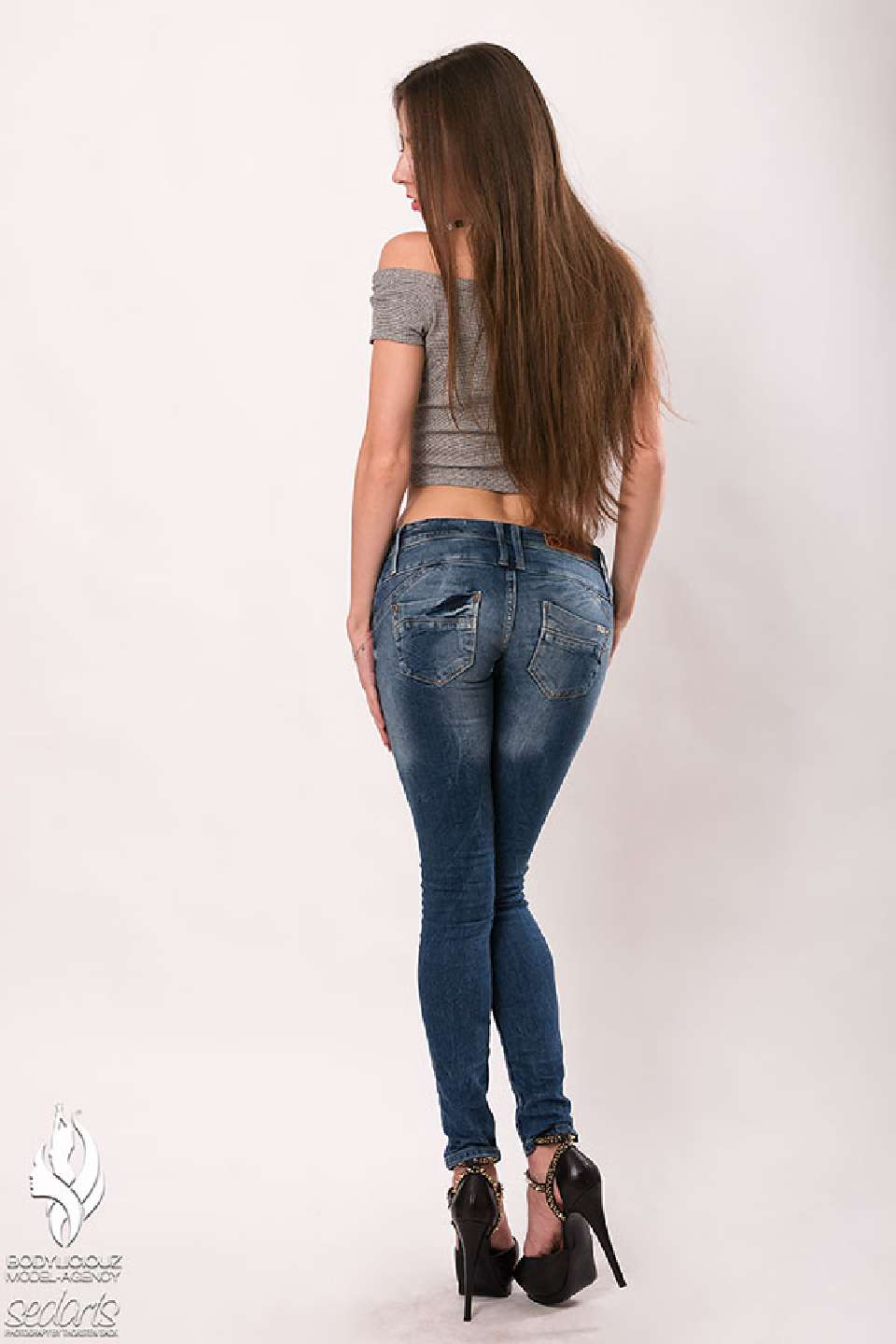 Model Simi Studio Collection Shooting for Lost in Paradise Jeans with Sedarts